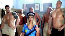 Valesca Popozuda bate boca na web e defende seu clipe censurado