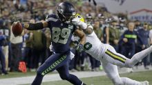 Seahawks get 2 controversial calls in their favor as they come back to beat the Packers