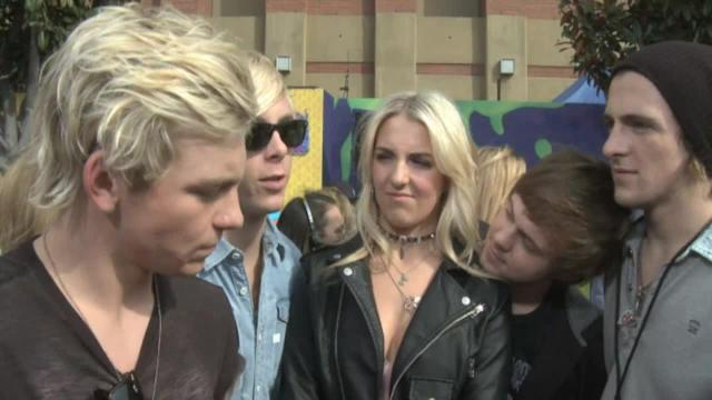 R5 on selfies and sliming