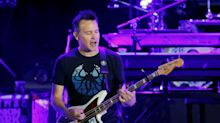 Mark Hoppus plays bass for the first time since cancer diagnosis: 'Wow'