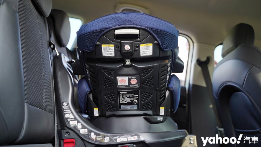 新手爸媽輕鬆上手!育嬰神器Aprica Fladea Grow ISOFIX Premium平躺型安全座椅激推開箱! - 4