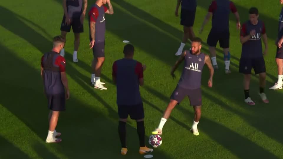 PSG train ahead of Champions League semi-final against RB Leipzig [Video]
