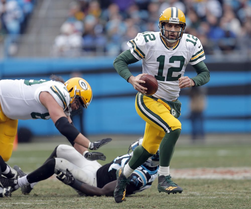 Green Bay Packers' Aaron Rodgers (12) returned from a broken collarbone for Sunday's game. (AP)