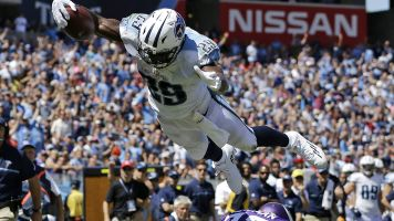 2014 top offensive player RB DeMarco Murray retires