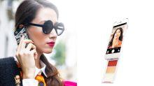 最得女生心的設計!有了這個電話殼,再也不用把整個化妝袋帶出街了!