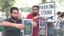 Kashmiri students at AMU holds silent protest