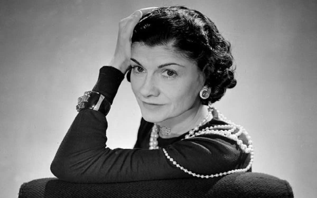 Coco Chanel: la biografia e le frasi celebri