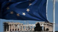 Credores europeus da Grécia alcançam acordo sobre dívida e saída do plano de ajuda