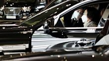 Earnings plunge at Hyundai and Daimler