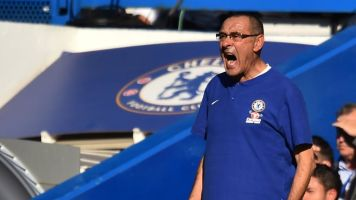 Maurizio Sarri urges Chelsea supporters to show more respect to former manager Jose Mourinho
