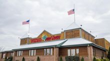 Following CEO's lead, Texas Roadhouse execs voluntarily give up salary, incentive pay