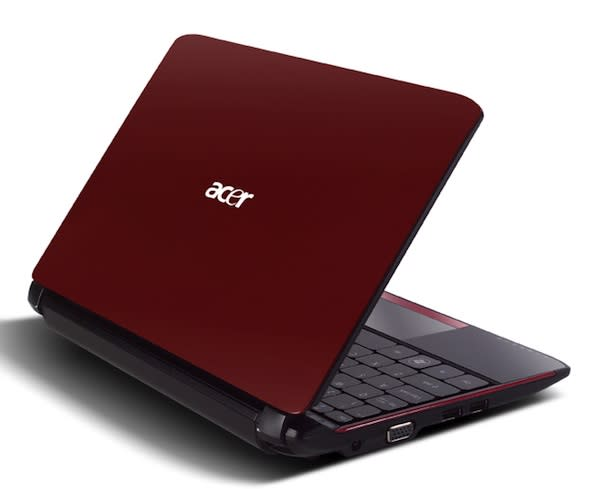 Acer Aspire One AO532h joins the Pine Trail party with a $299 pricetag