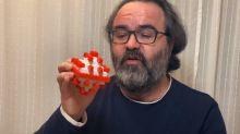 El éxito de un investigador español explicando en Youtube el Covid-19 con piezas de Tente