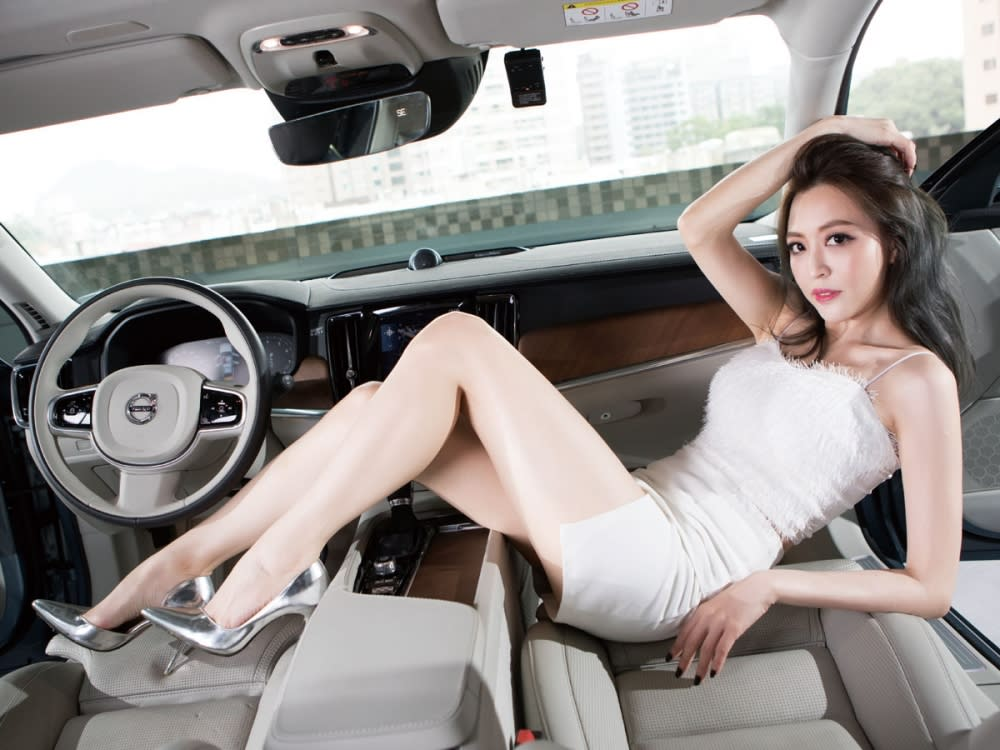 【Date With LUCY】北歐浪漫靚旅 Volvo V90 T5 Inscription