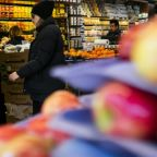 Some grocery store workers are left vulnerable amid coronavirus crisis