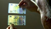 Euro cambia rotta e risale a massimi 2 settimane, 1,0893 dollari