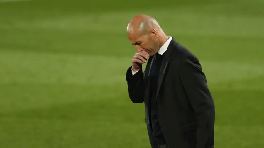 Soccer-Zenlike Zidane 'only focusing on present' at Real Madrid