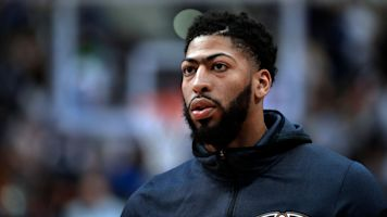 Griffin plans to sit with AD, keep him in NOLA