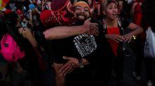 Chili : le changement de Constitution plébiscité dans les urnes