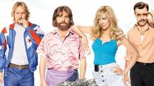 'Masterminds' Poster: Zach Galifianakis and Kristen Wiig Are Atop a Cash Heap