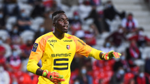 Chelsea make €20m offer for Rennes goalkeeper Mendy with Kepa future in further doubt