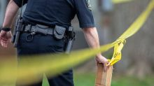 Man shot outside Lexington apartment complex has life-threatening injuries, cops say