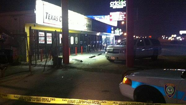 Owner fatally shoots armed robber at cell phone store on south side