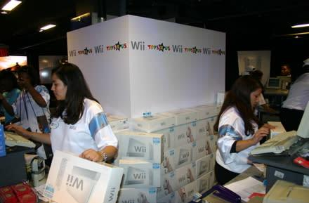 Nintendo planning to milk its Wii shortage through the holidays