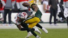 Packers' Jones, Bucs' Whitehead leave NFC championship game