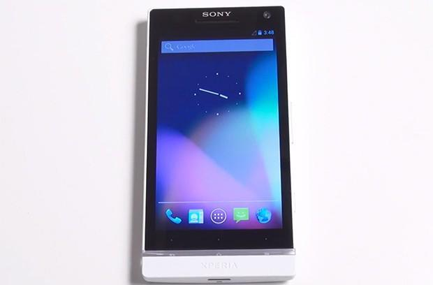 Google kicks Xperia S Android Open Source Project out of its nest, Sony takes it under its wing (video)