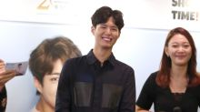 Park Bo-gum 'interviews' fans during his Singapore visit