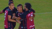 Com gol de pênalti de Thiago Carleto, Vitória bate o Sampaio Corrêa em estreia pela Série B