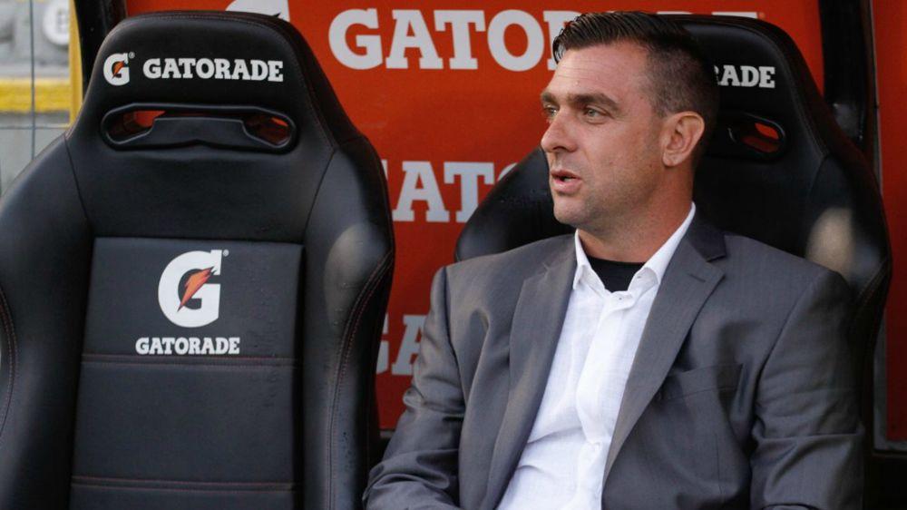 Pablo Guede sufre con las bajas de Colo Colo
