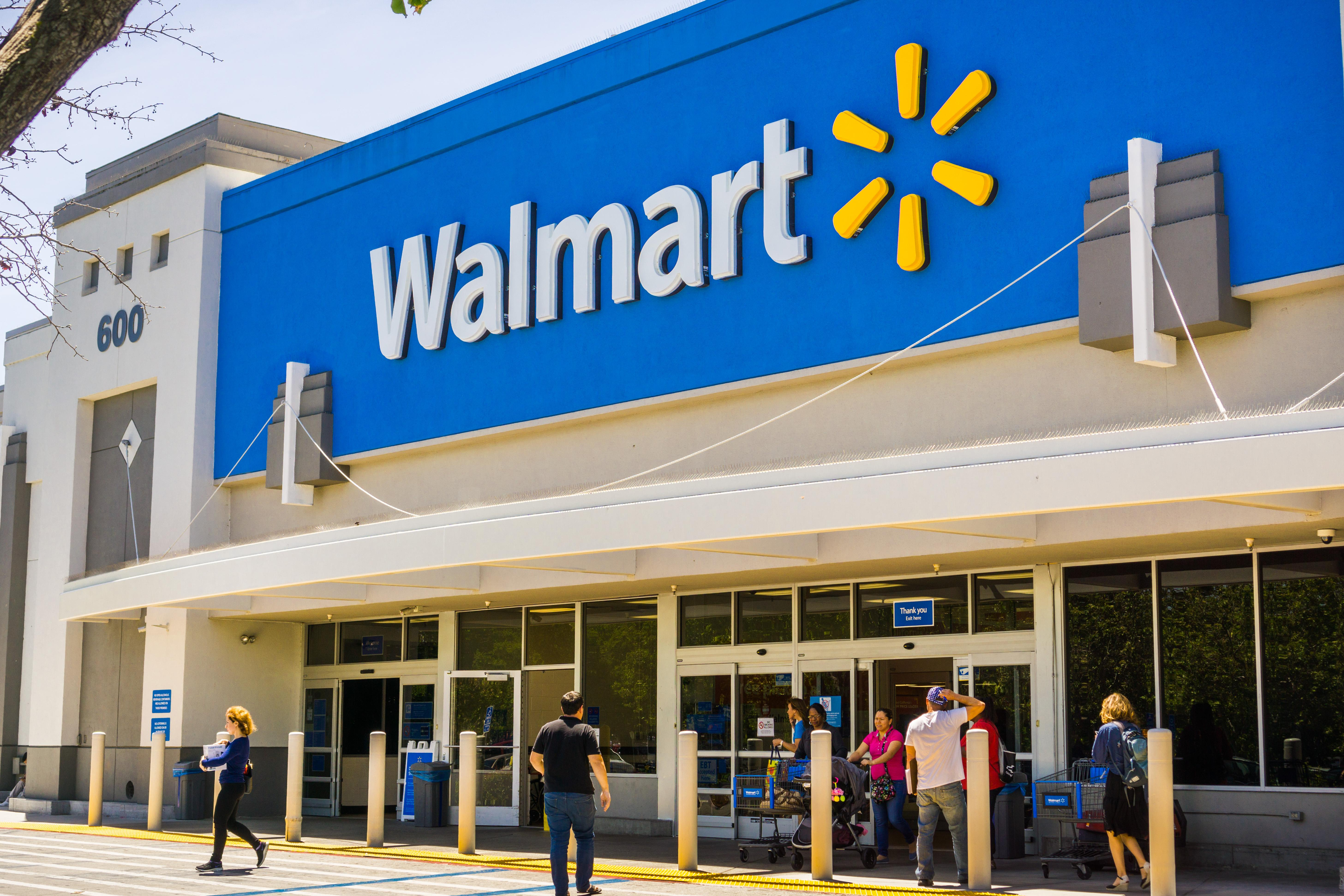 Walmart asks stores to remove violent video game signage
