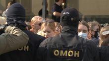 Polizei geht in Minsk brutal gegen Demonstrantinnen vor