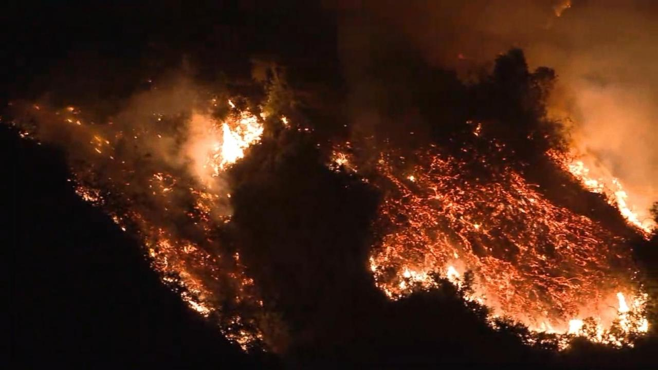 a history of the malibu wildfires in california List of wildfires this is a list of notable wildfires biggest wildfire on record in the sierra nevada, and fourth largest wildfire in california history.