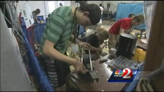 Students build robots, compete at KSC