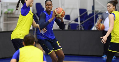 Basket - WNBA - WNBA : Sandrine Gruda retourne aux Los Angeles Sparks