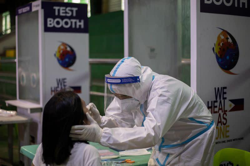 Philippines confirms 2,674 new coronavirus cases, 62 more deaths