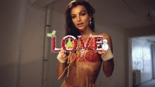 Emily Ratajkowski loads up on carbs for Christmas calendar