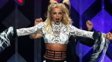 Britney Spears IS NOT DEAD! Singer becomes target of Twitter hoax