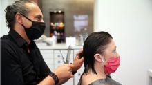 """""""La vanidad puede más que el miedo"""": cómo es abrir una peluquería tras el confinamiento por COVID-19"""
