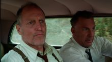 Woody Harrelson descubre en vivo que Kevin Costner hizo un cameo en una película suya