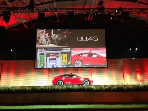 Tesla's 90 second battery swaps will power EVs faster than gas pumps fill tanks (video)