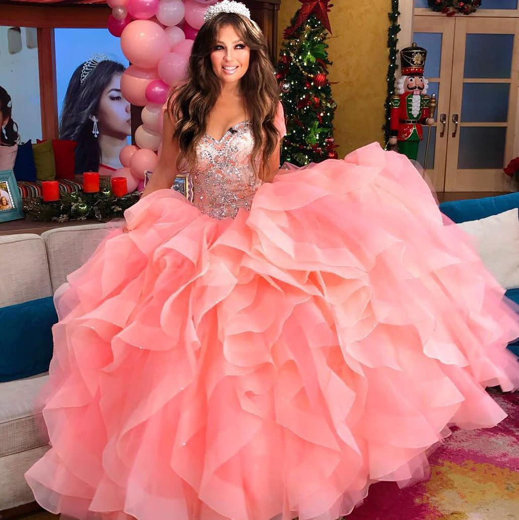 """Thalía vuelve a ser """"Quinceañera"""" a los 46 años; mírala"""