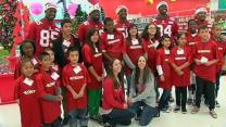 49ers, Visa take kids on holiday shopping spree