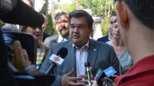 Denis Coderre pledges to help boroughs fund green alleys in first campaign promise