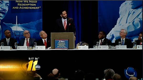 Hundreds attend MLK Prayer Breakfast
