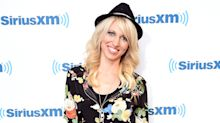 Debbie Gibson on her black hat: 'It was a match made in heaven'