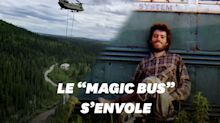 """Le bus d'""""Into the Wild"""" déplacé par les airs"""